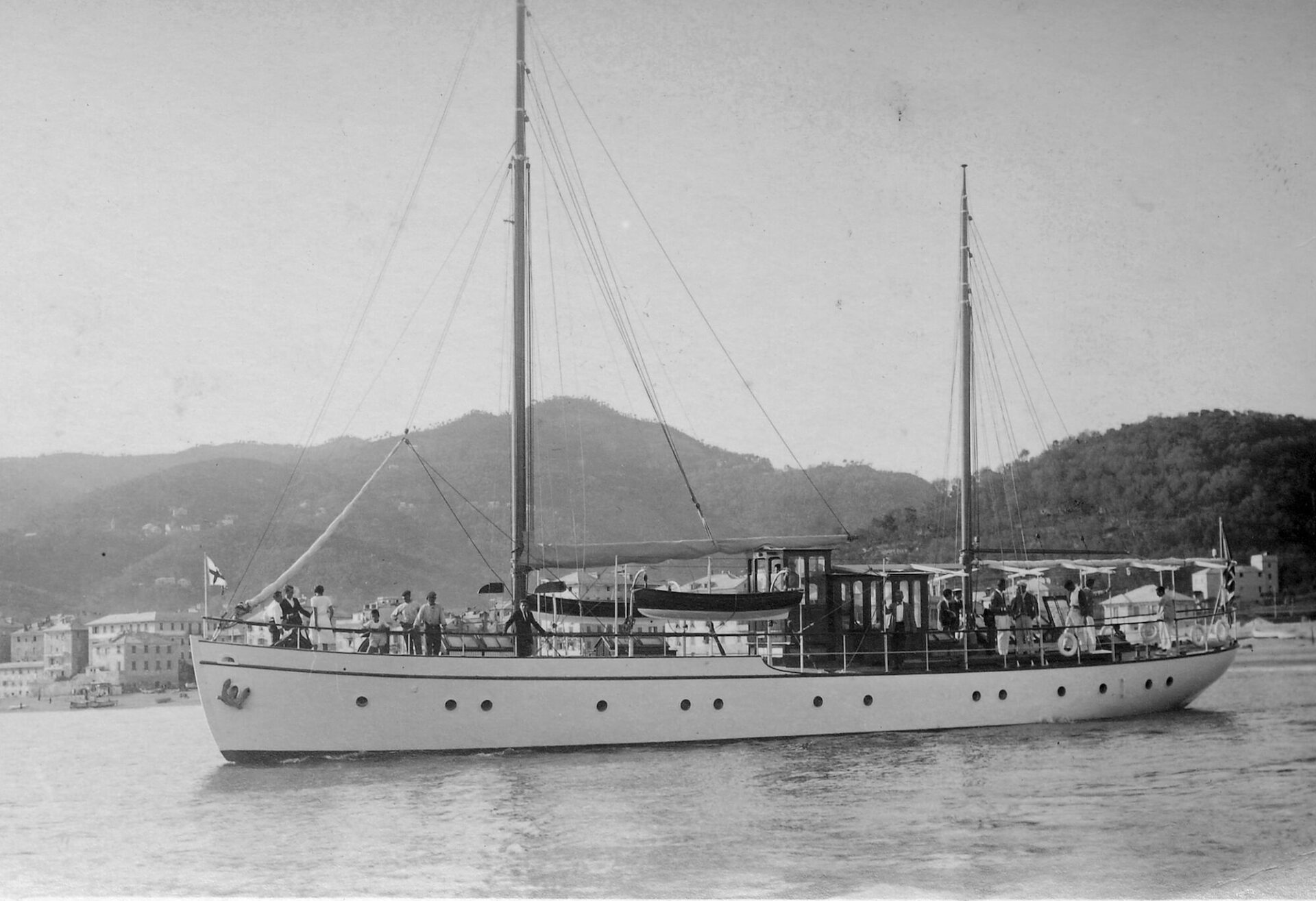 1922 – Ketch Entella
