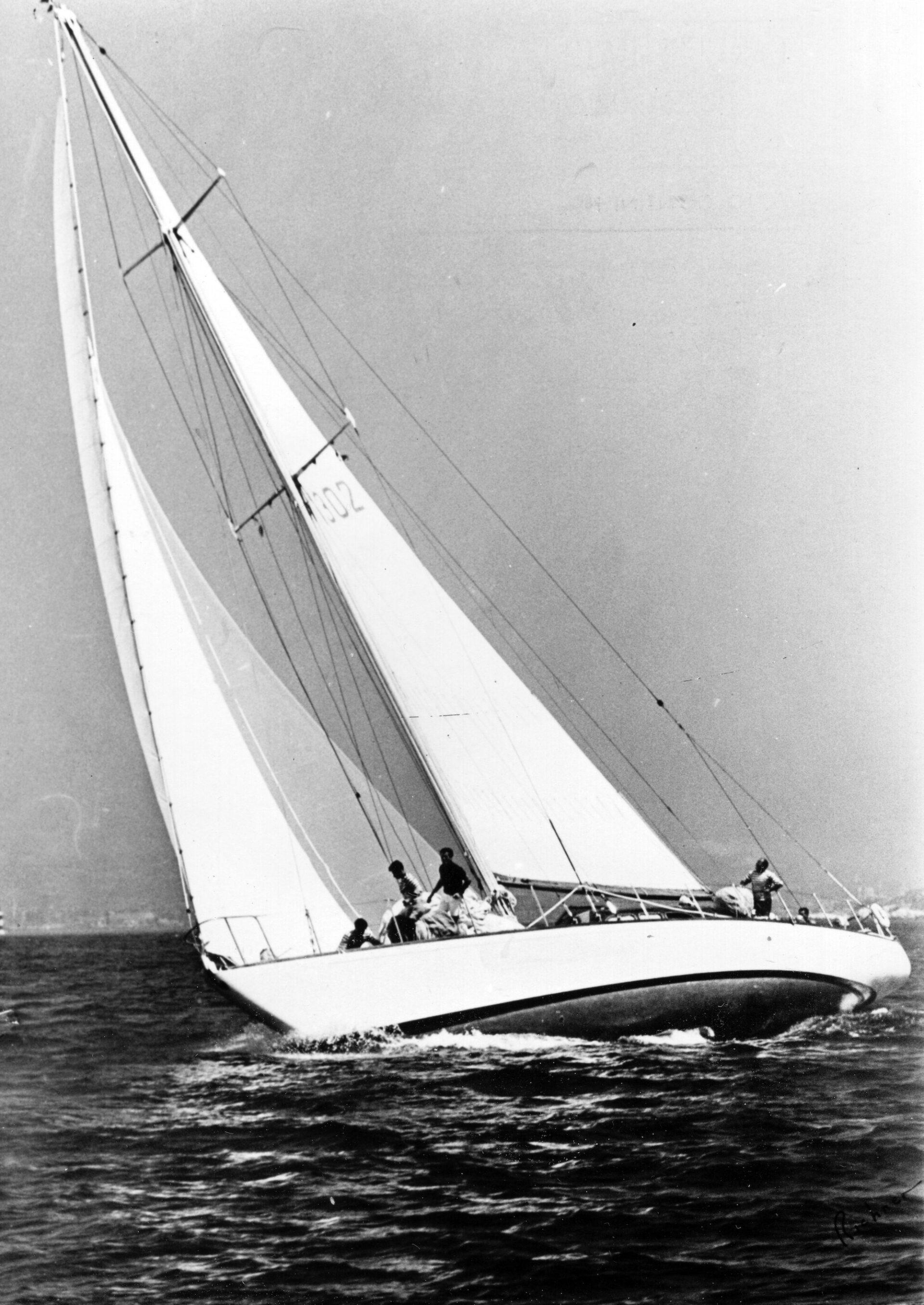 "1953 – Ea vincitore della regata ""Nastro Azzurro del Mediterraneo"""