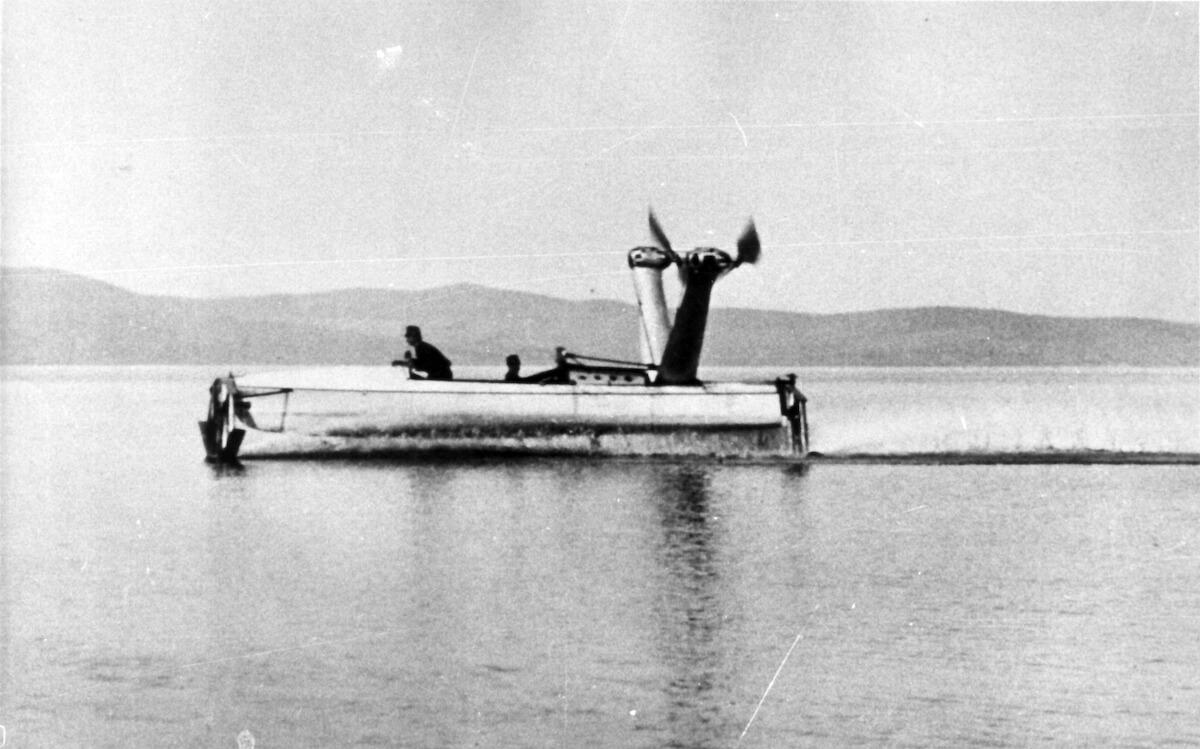 1906 - Primo prototipo di idroplano