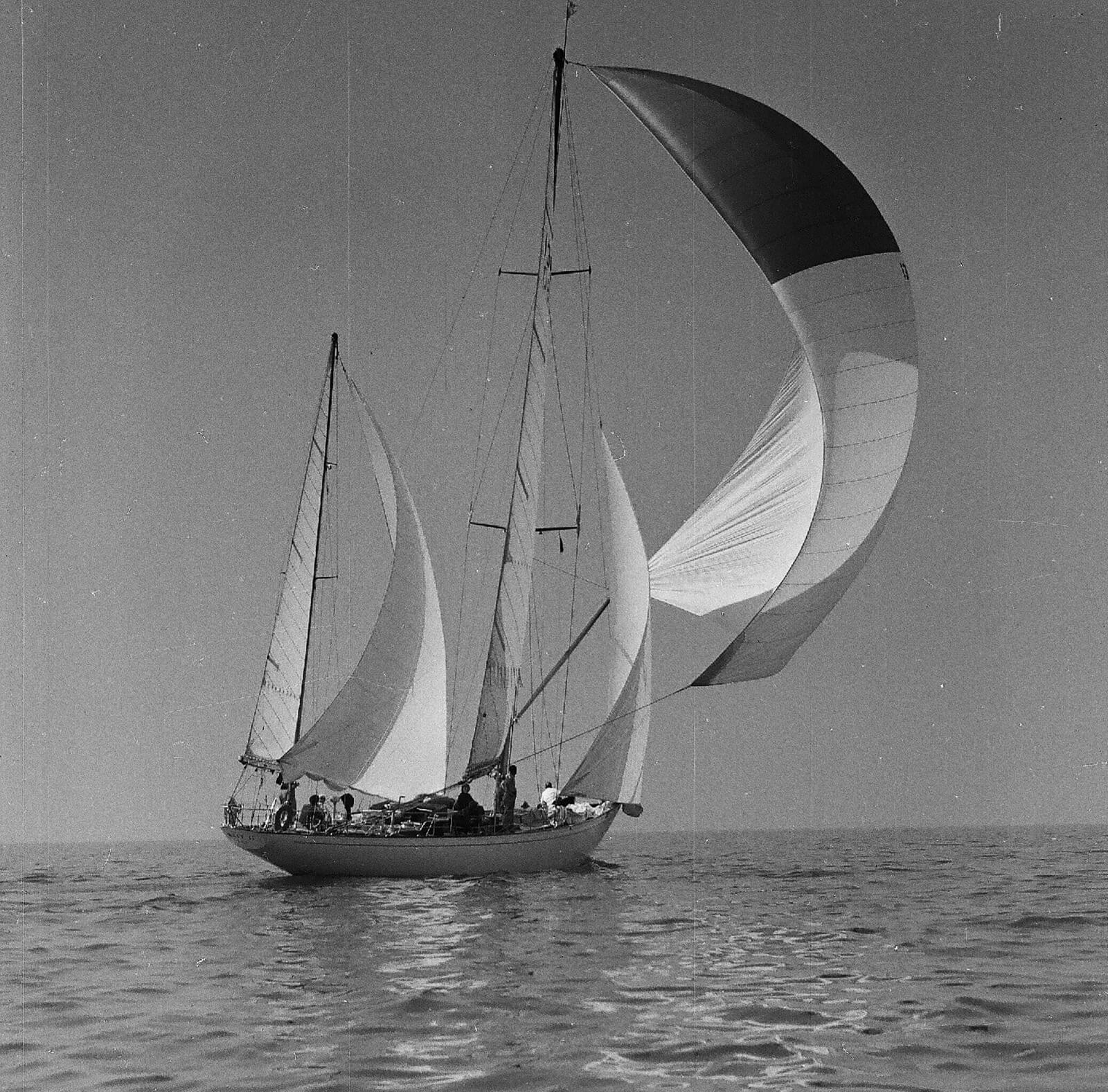 1957 - Mait II davanti a Genova