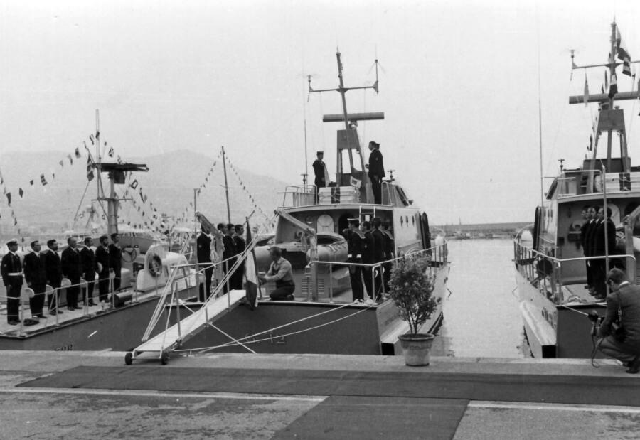 1972 - Consegna Motovedetta alla Guardia di Finanza